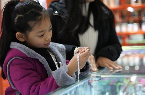 Miao silver jewelry3